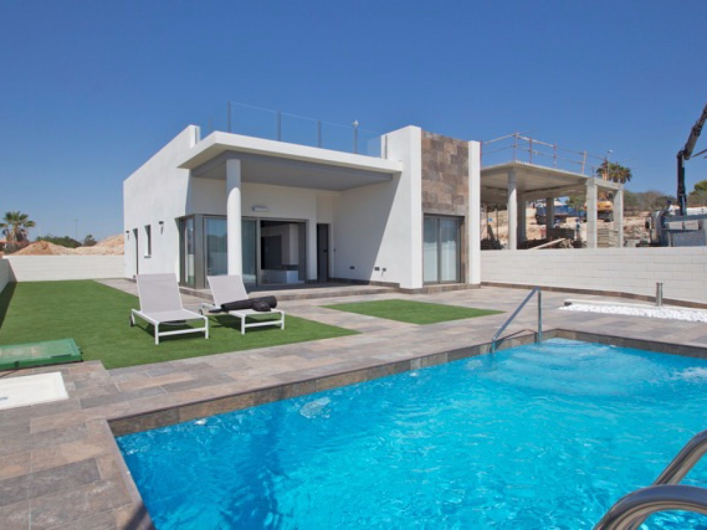 Modern detached, luxury villa