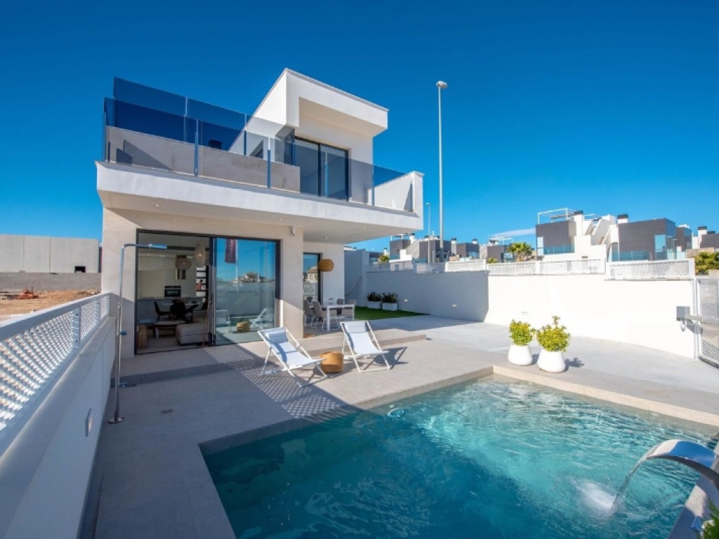 Detached villa in Lomas de Cabo Roig